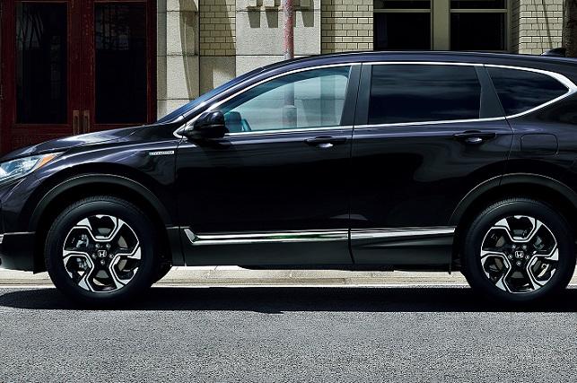 CR-V新型(ホンダ)のサイズは?タイヤのスペックも調査