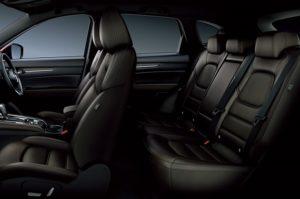 新型CX-5の後部座席