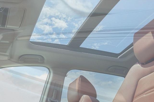 新型CR-Vのマスターピースはお買い得?他のグレードとの違いとは