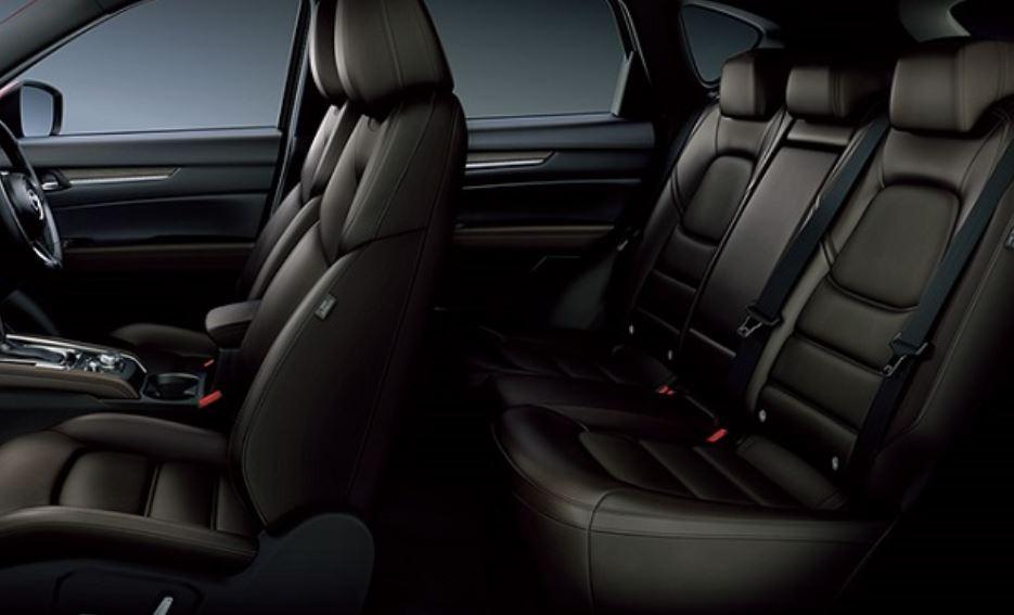 CX-5の後部座席は狭い?ライバル車と徹底比較